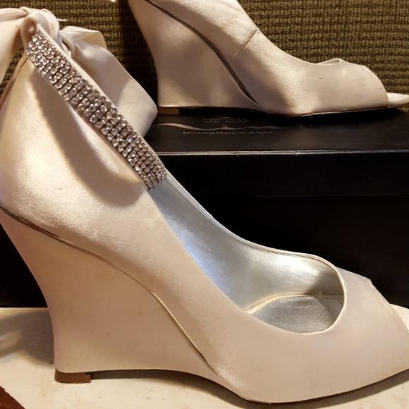 e1e499dda84b Nina Ivory Wedding Wedge Shoe Size 8.5. M 5a9c631c9d20f04fb8faa8fb